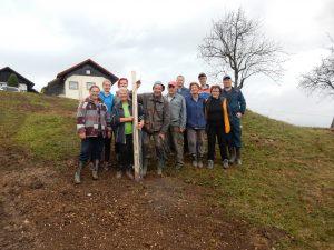 2018_11_06_KUM_2. prostovoljna akcija sajenja sadnih sadik (96)